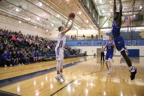 PHOTOS: Varsity Basketball vs. Rockhurst