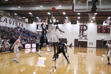 PHOTOS: Varsity Basketball vs. Papio