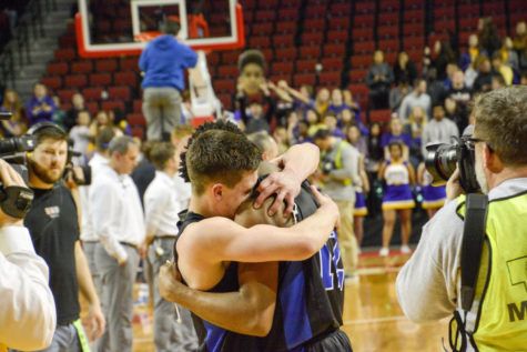 PHOTOS: Varsity State Basketball
