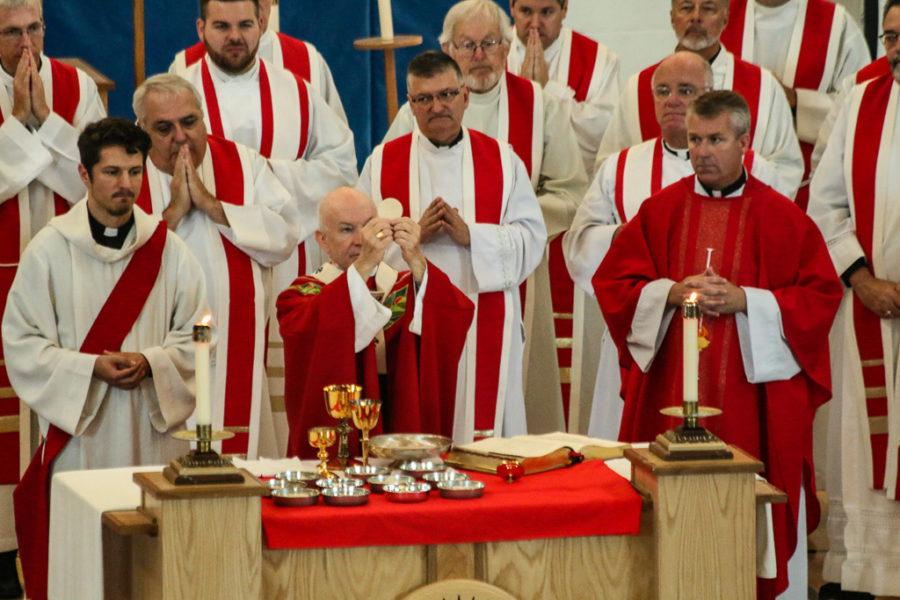 PHOTOS:  Mass Of The Holy Spirit
