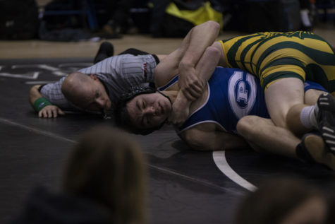 PHOTOS: Varsity Wrestling