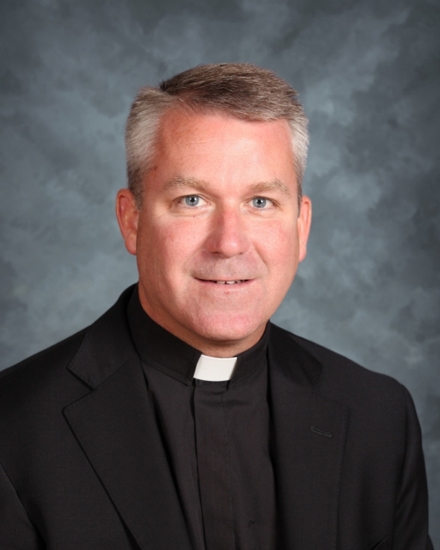 BREAKING: Fr. Tom Neitzke, SJ to Step Down